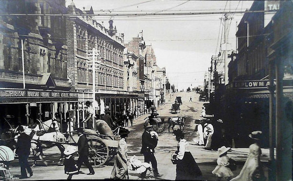 Collins St Hobart c1910 J W Beattie publisher Flickr