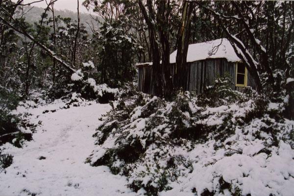 lake Fenton huts Olaf Moon