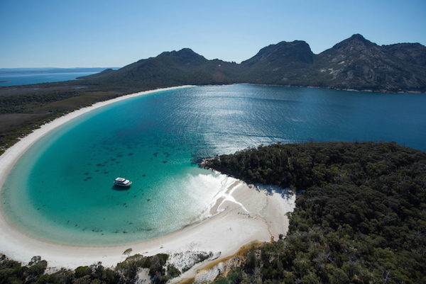 Wineglass Bay Kellraine Beach Cottages.jpg