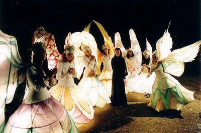 faridah theatre_pillars_02